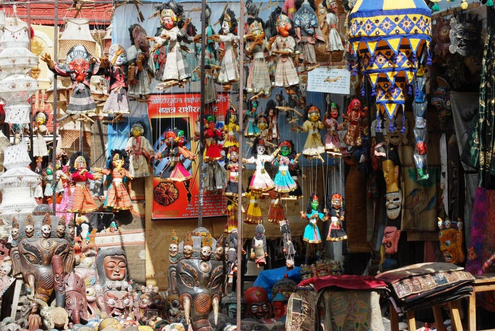 Photos Of Antiques And Handicrafts Shops Images