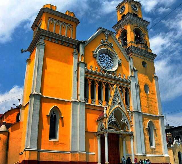 Yellow in Santiago de Quetaro