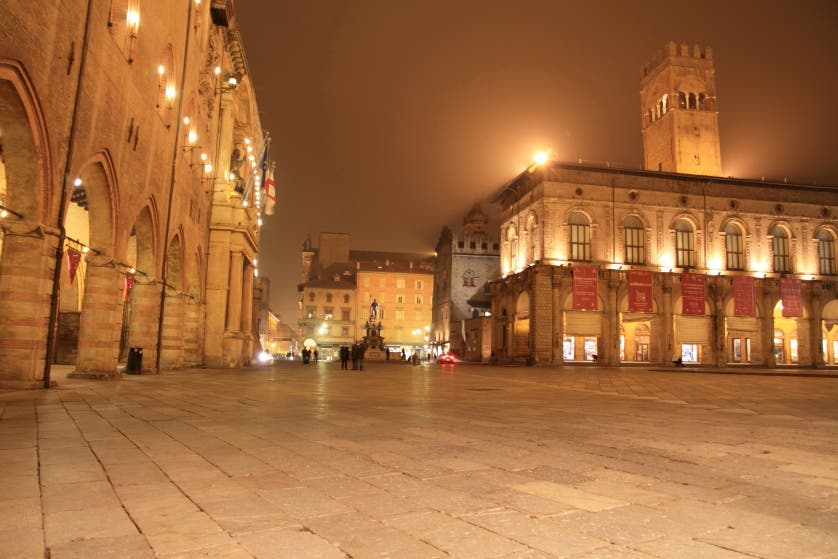 bologna things to do at night - photo#47