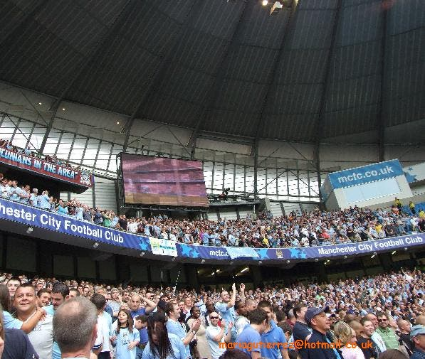 Multitud en City of Manchester Stadium