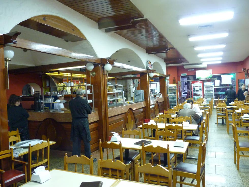 Restaurante en Bar Hispano