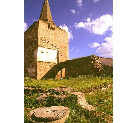 Building in Galisteo