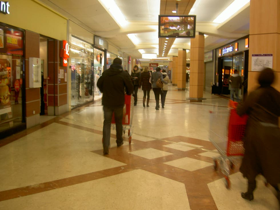 Centro commerciale a V2 mall