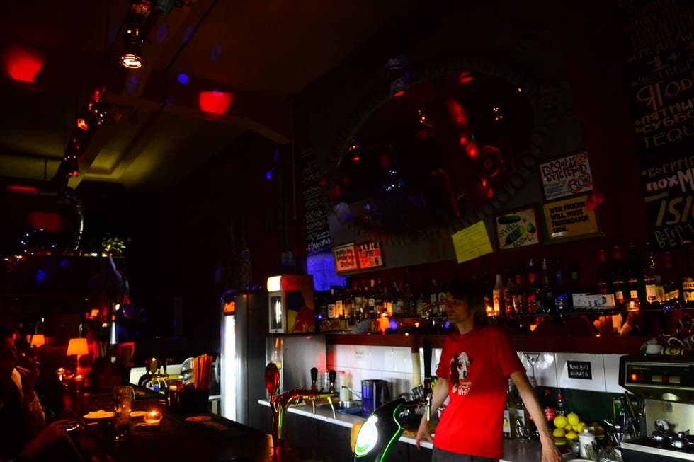 Sala de conciertos en Disco Ber Wudy Bar