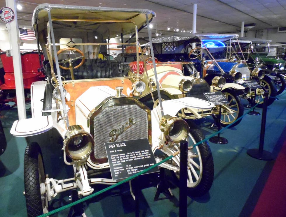 Motor en The Car and Carriage Caravan Museum