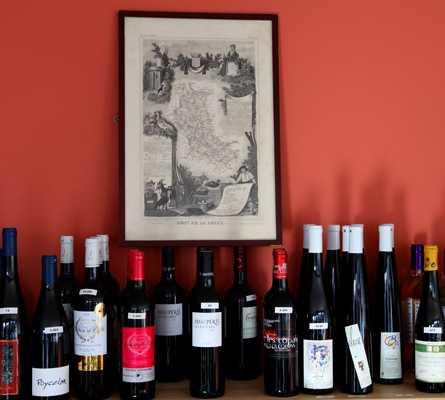 Bebida alcohólica en Loge des Vins