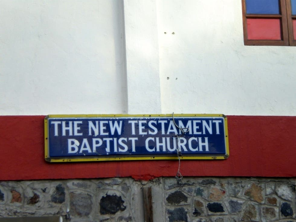 Señal en New Testament Baptist Church