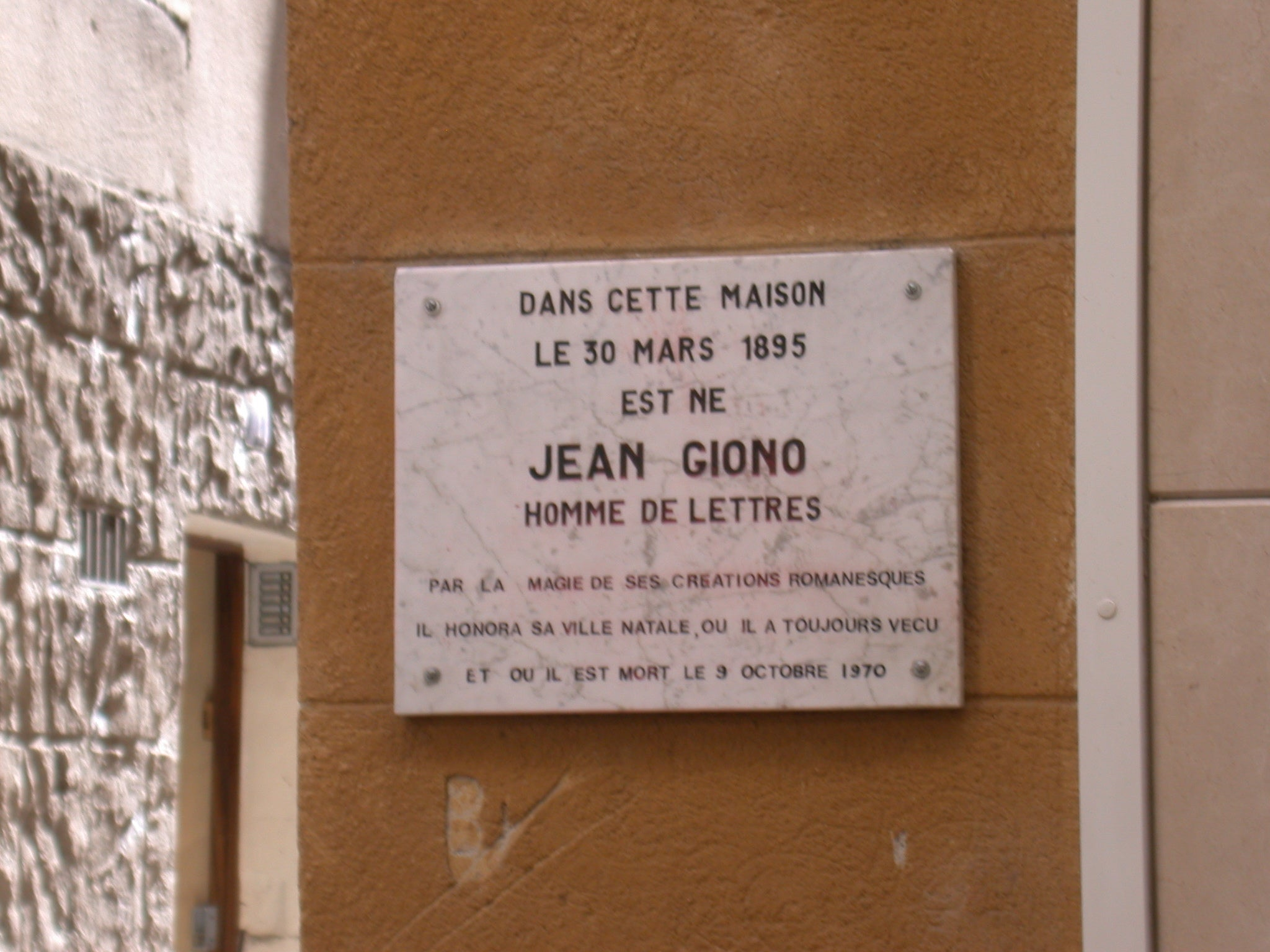 Placa conmemorativa en Manosque