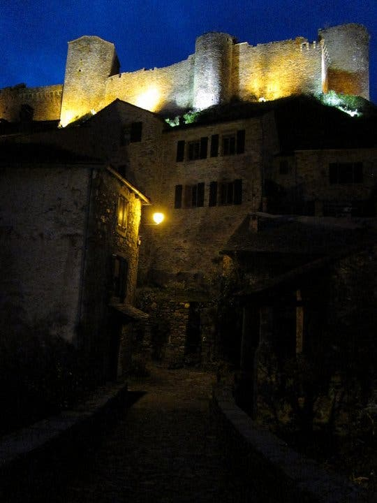 Night in Brousse-le-Château