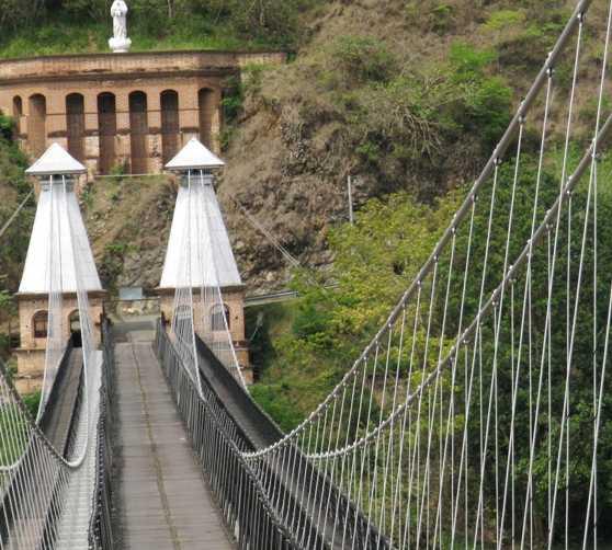 Transporte en Puente de Occidente
