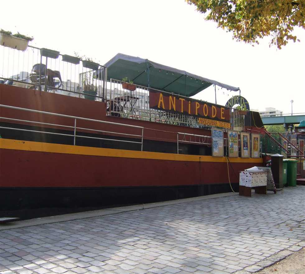 Transporte en Chalana Antipode