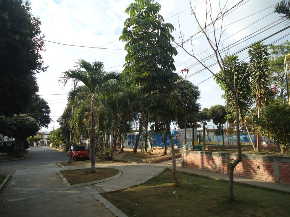Barrio en Parque Diamante 2