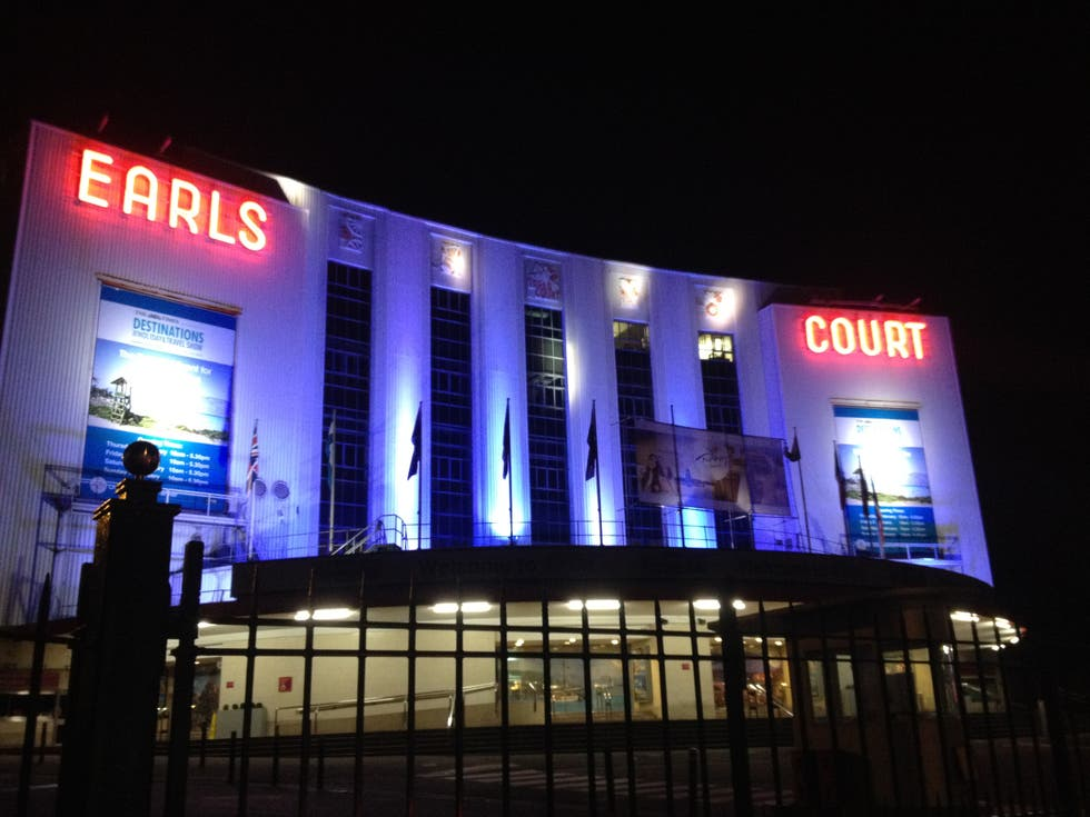 Noche en Earls Court Exhibition Centre
