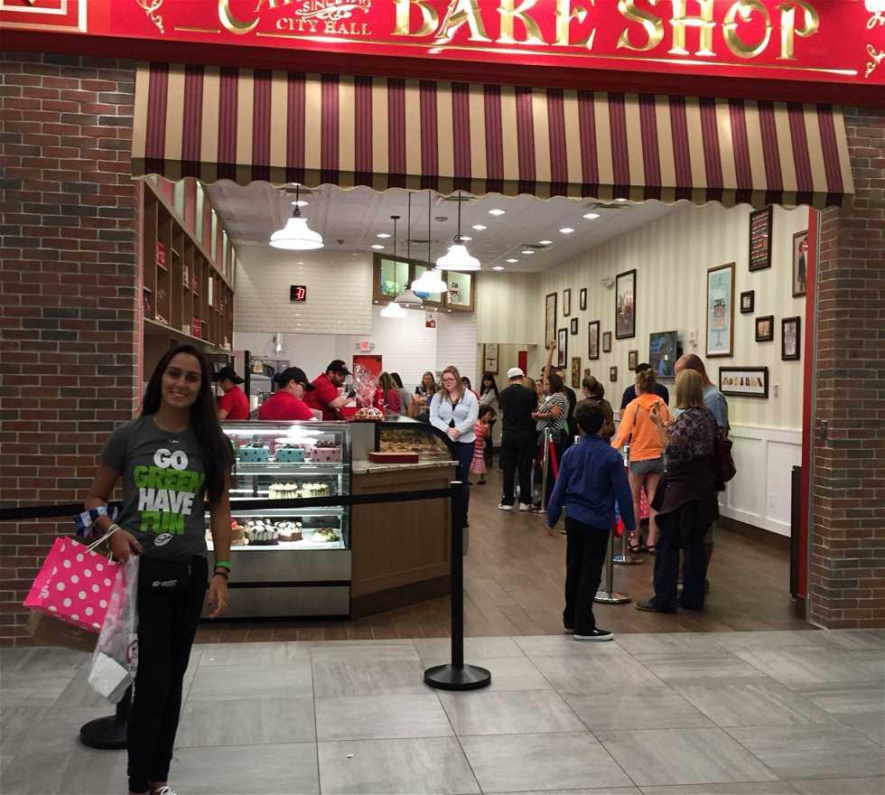 Zona de restaurantes en Centro comercial Florida Mall