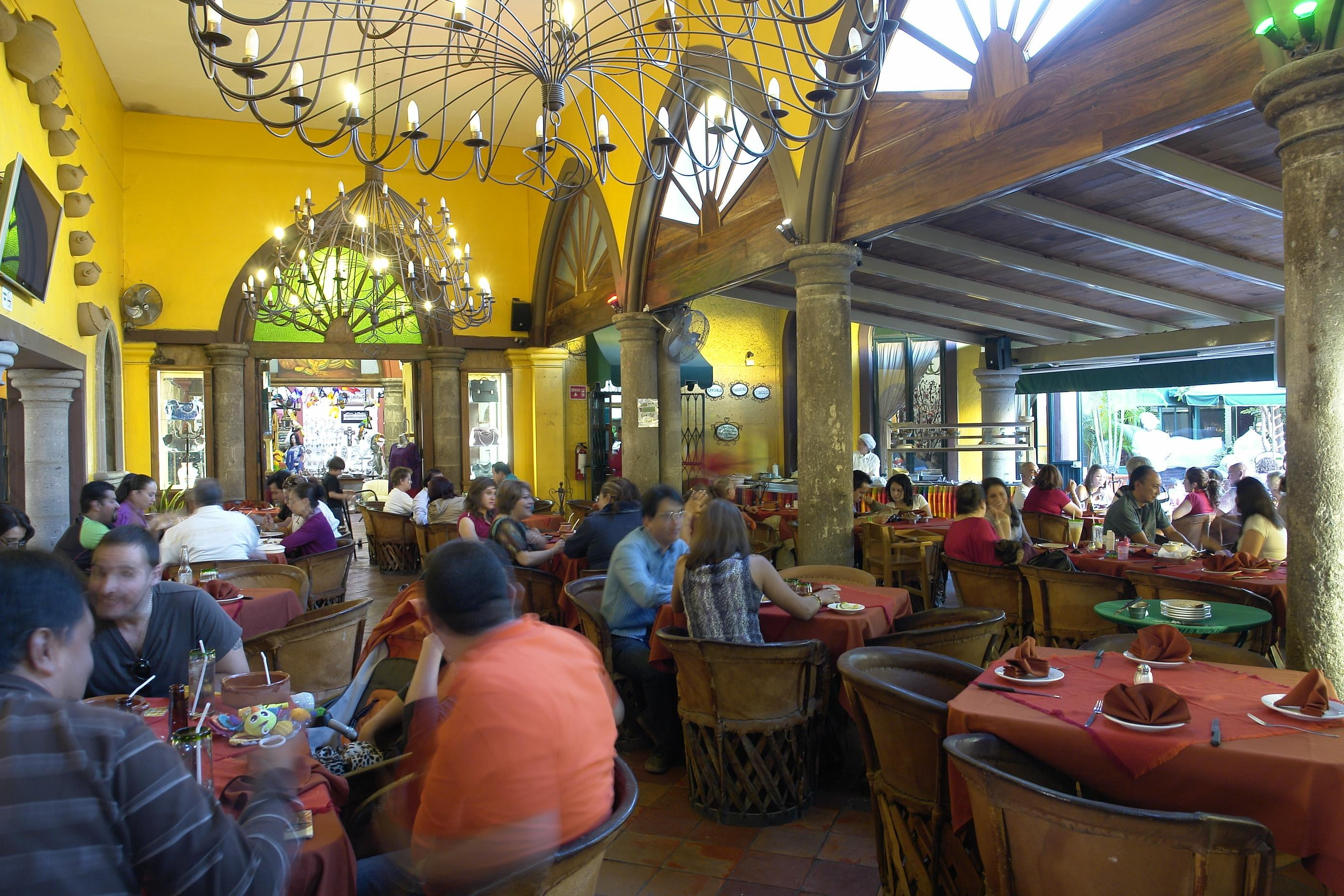 Lobby in Tlaquepaque