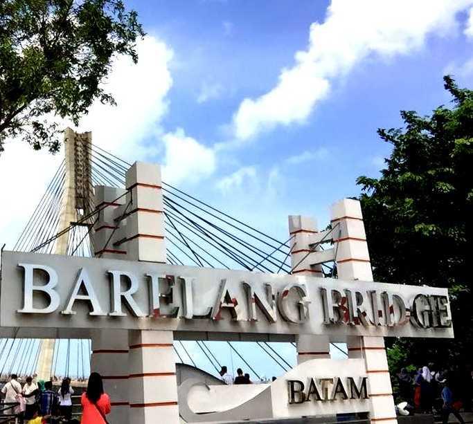 Fachada en Ponte Barelang