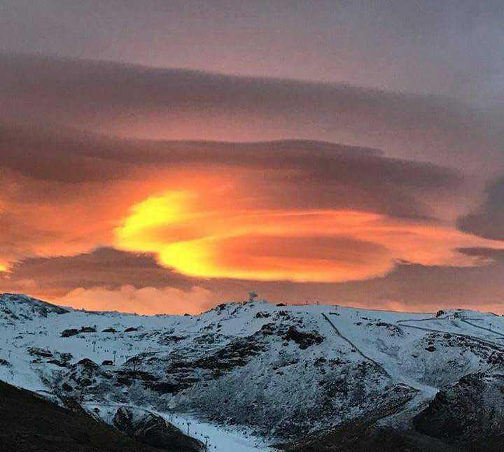 Paisaje de montaña en Sierra Nevada