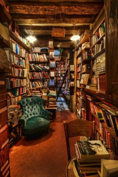 Biblioteca en Shakespeare & Co.