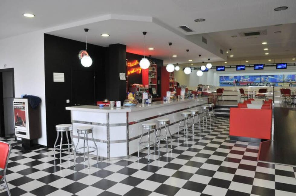 Restaurante en Flash Bowling