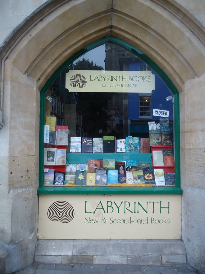 Ventana en Labyrinth Books