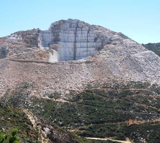 Piedra en Cantera de marmol