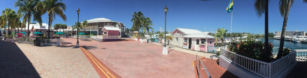 Paseo en Memories Grand Bahama Beach Resort All-Inclusive
