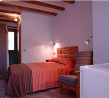 Bed in Megina