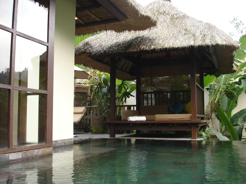 photos de piscine h tel ubud hanging gardens ubud 898368. Black Bedroom Furniture Sets. Home Design Ideas