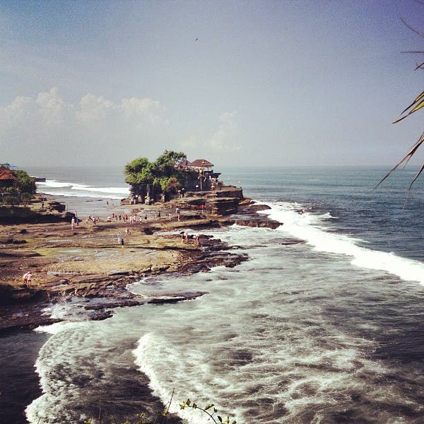 Mar en Templo de Tanah Lot